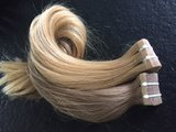 Royalty Hairextensions Tape/Sticker Extensions 2,5 gram per stuk._